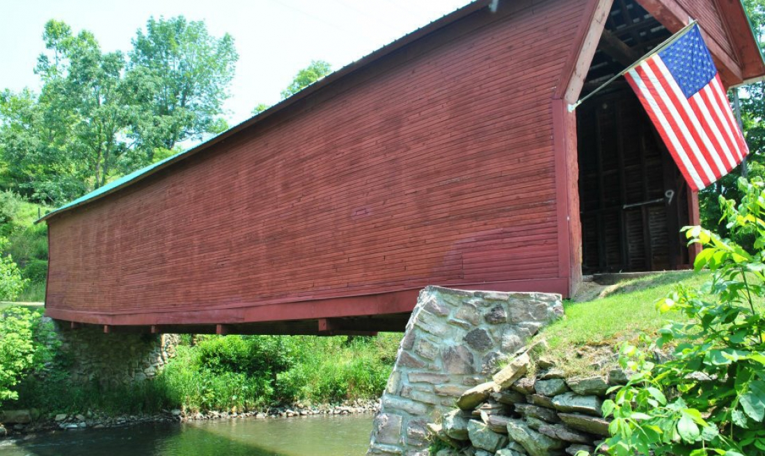 Covered bridge over Sinking Creek